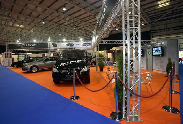 Exhibition Stand Lighting Vehicles : Lighting gantry aluminium truss trilite aspect