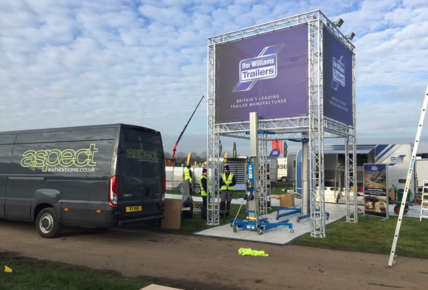 Exhibition Stand Installer Jobs : Professional stand installation aspect exhibitions